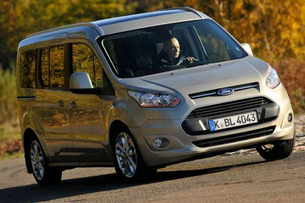 Yeni Model 2015 ford tourneo connect resmi