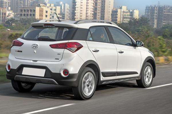 2016 hyundai i20 active görseli