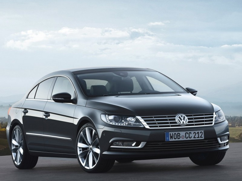 2013 Volkswagen Passat CC - Front Angle View | 2014 2015 New Car