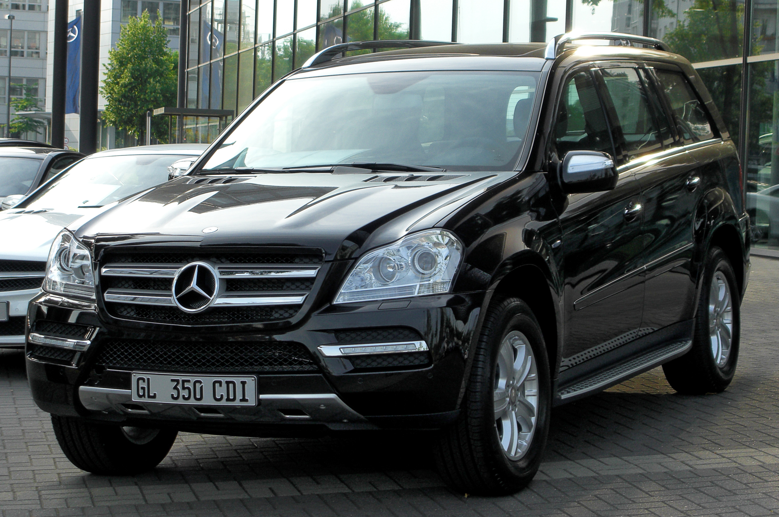 new mercedes benz gl350