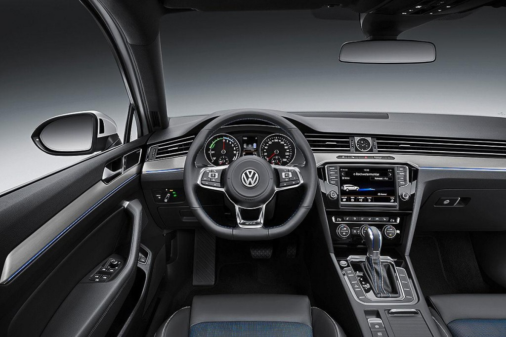 Plug-In Hybrid Volkswagen Passat GTE Revealed Ahead Of Paris Auto Show