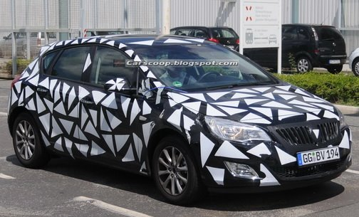 2010 Buick Astra Spied in Germany - Could it Make it to the US?