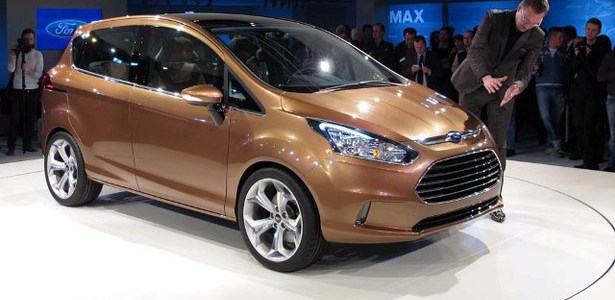 2015-Ford-B-Max-front.jpg
