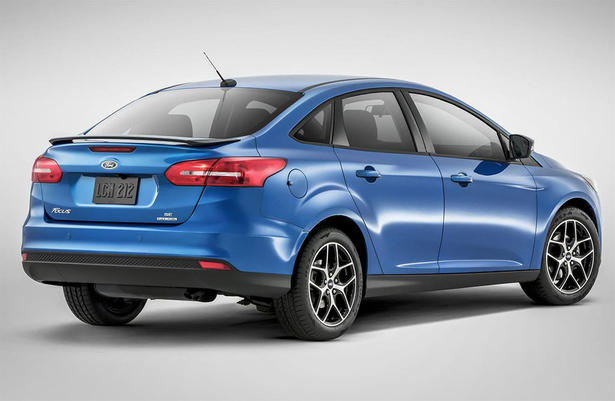 2015 Ford Focus Sedan: Specifications and Equipment