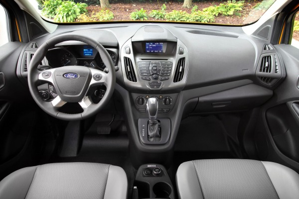2015 Ford Transit Connect Minivan Pictures & Photo Gallery | Edmunds.