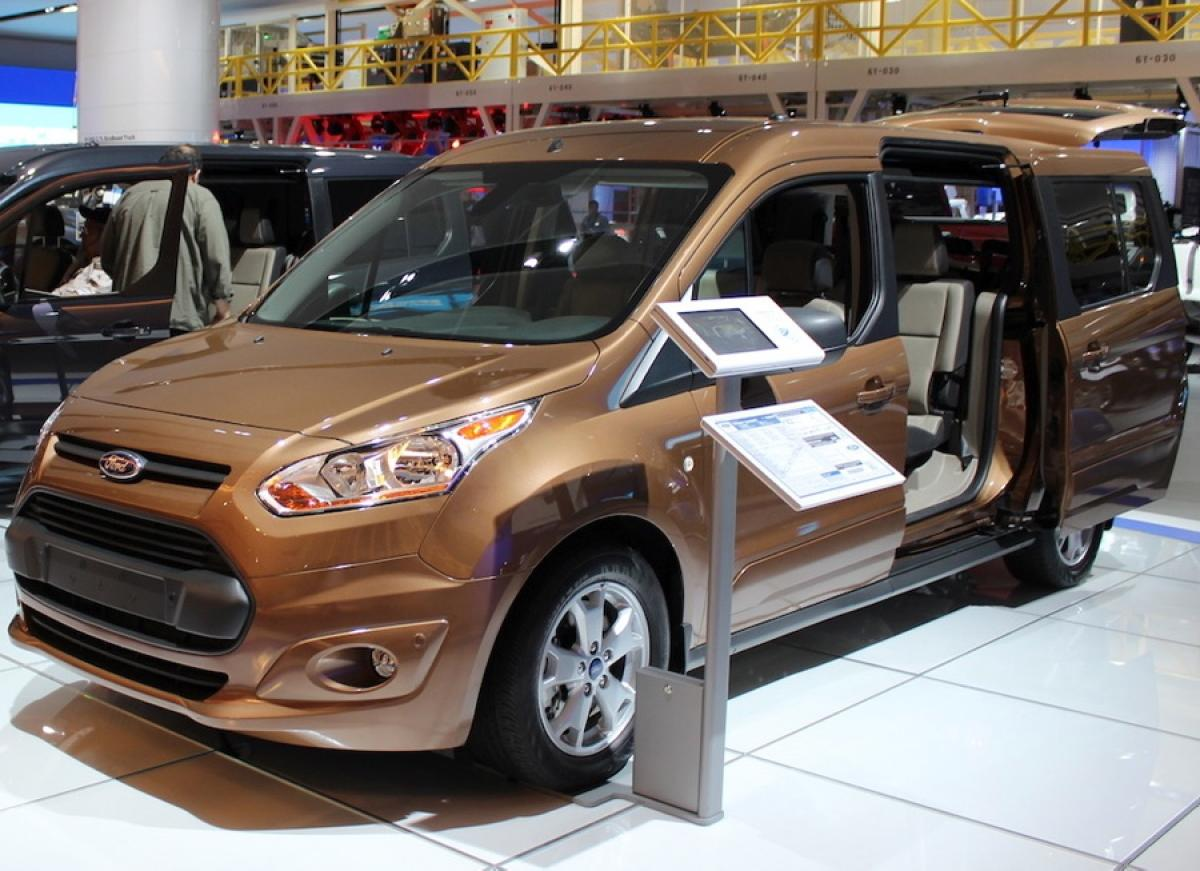 2015 Ford Transit Connect - Photos - Taste the rainbow: Bright