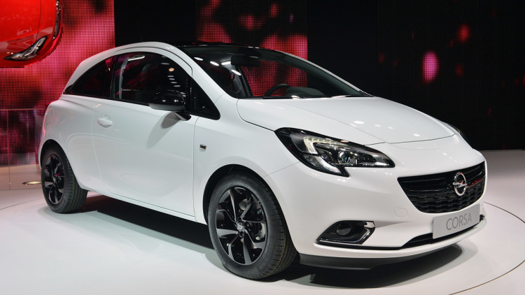 2015 Opel Corsa hatches slinky new style