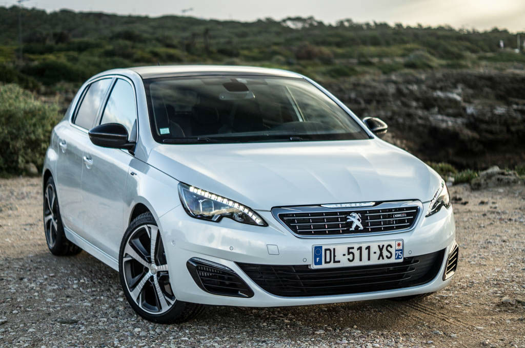 2015 Peugeot 308 GT Review - Comfy Speed - carwitter