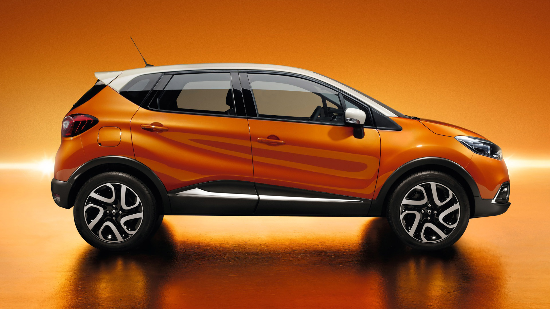 AKS Yeovil Renault Dealer | Renault Dealership