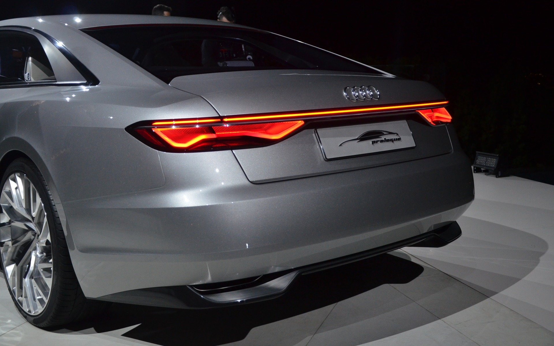 Audi Prologue - Picture Gallery, photo 16/17 - The Car Guide