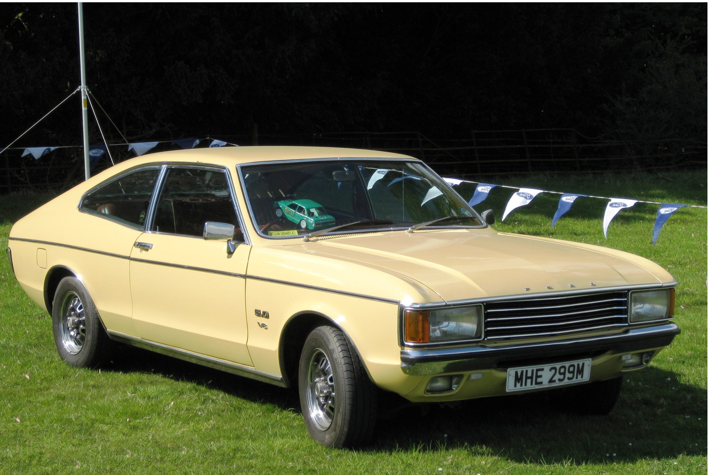 File:Ford Granada Coupe before rear three quarters reworked.JPG