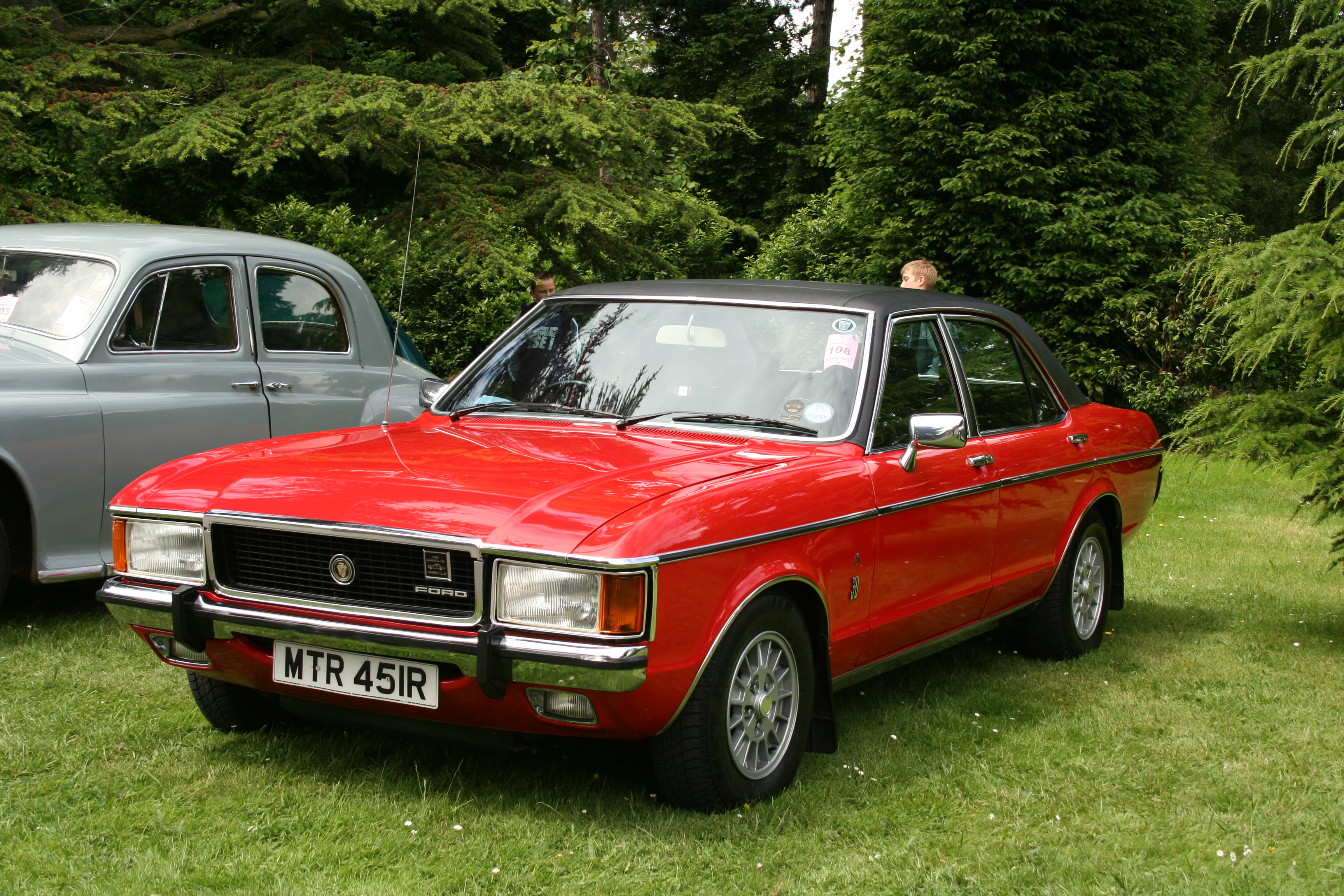 File:Ford Granada Mark I (Europe) 2.jpg - Wikimedia Commons
