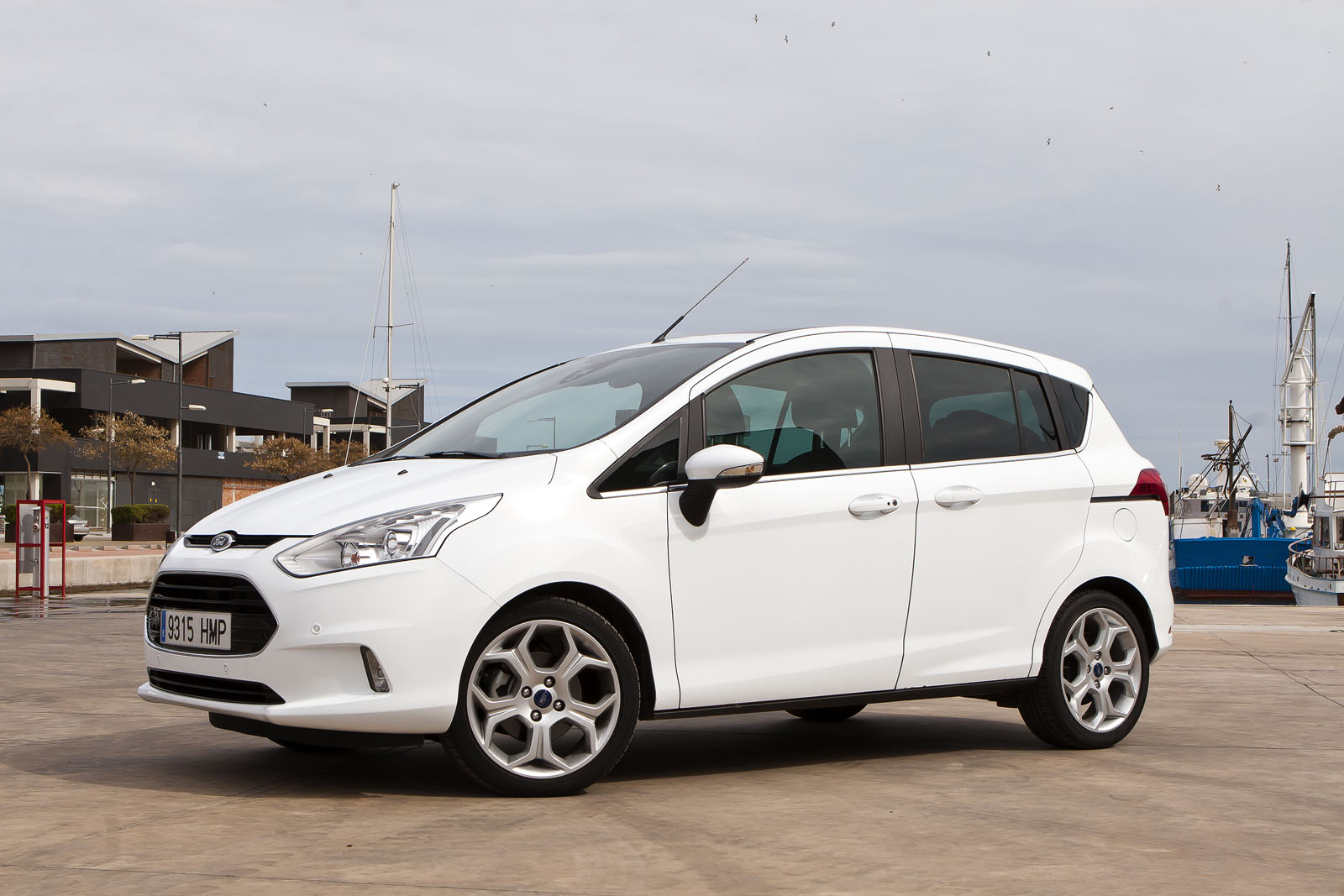 Ford B-Max 1.6 TDCI photos [3] | Carxmotor