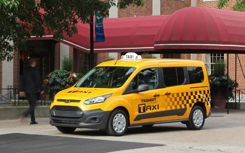 Ford Unveils 2015 Transit Connect Taxi to Battle Taxi of Tomorrow