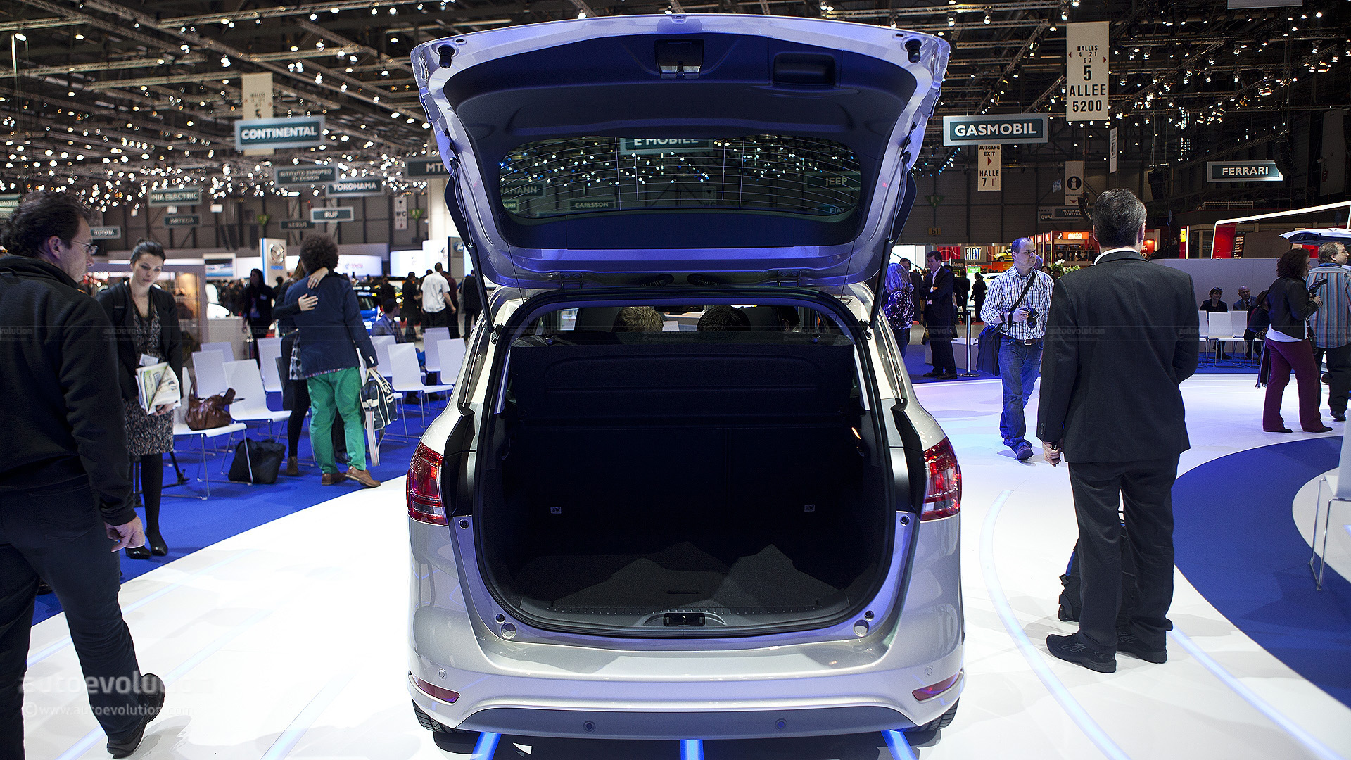Geneva 2012: Ford B-Max - Live Photos - autoevolution