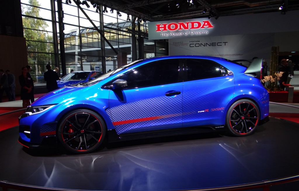 Honda Launches Awesome Interactive Ad For 2015 Civic Type R