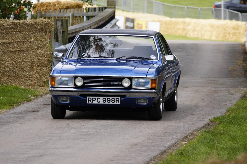 NewMotoring Ford Granada 3.0 Cholmondeley 2012 - NewMotoring