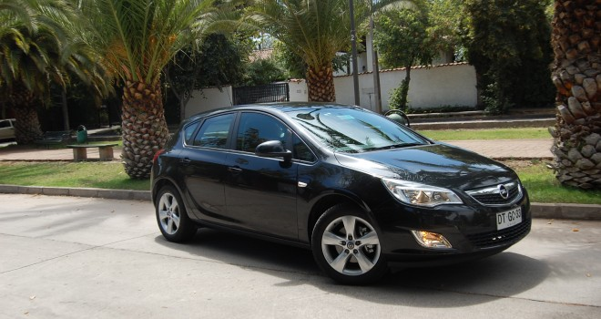 OPEL-ASTRA-ENJOY-1.6T-6MT-40-660x350.jpg
