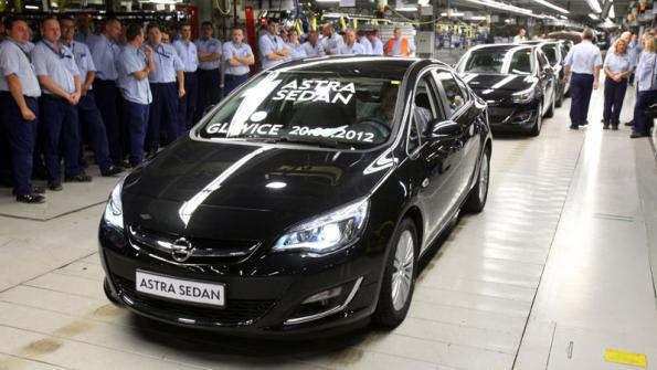 Opel Launches Production of New-Generation Astra Sedan | Plants
