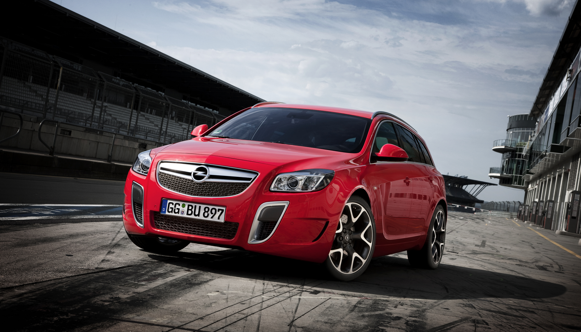 Opel Plans New And Sporty Insignia For 2015 :: News :: autoviva.com
