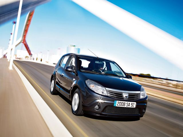 Pics and wallpapers with Dacia Sandero.