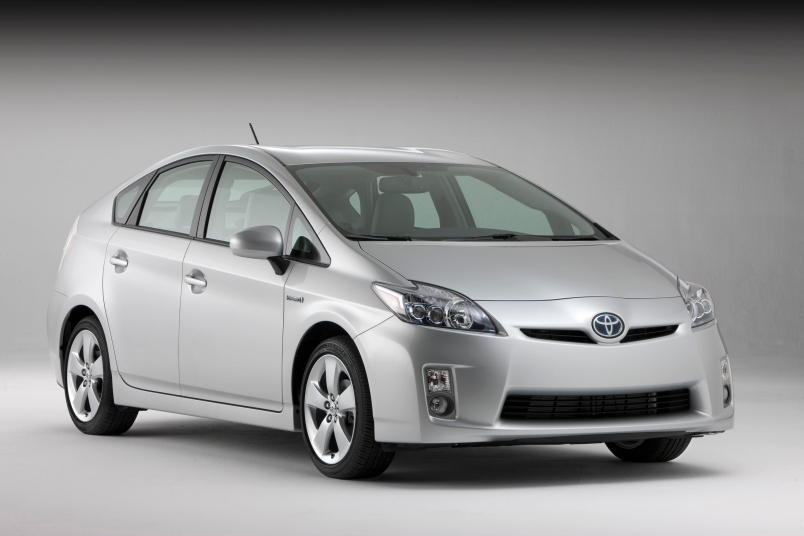 toyota prius oil change cost