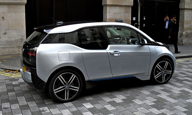 bmw i3 maximum speed