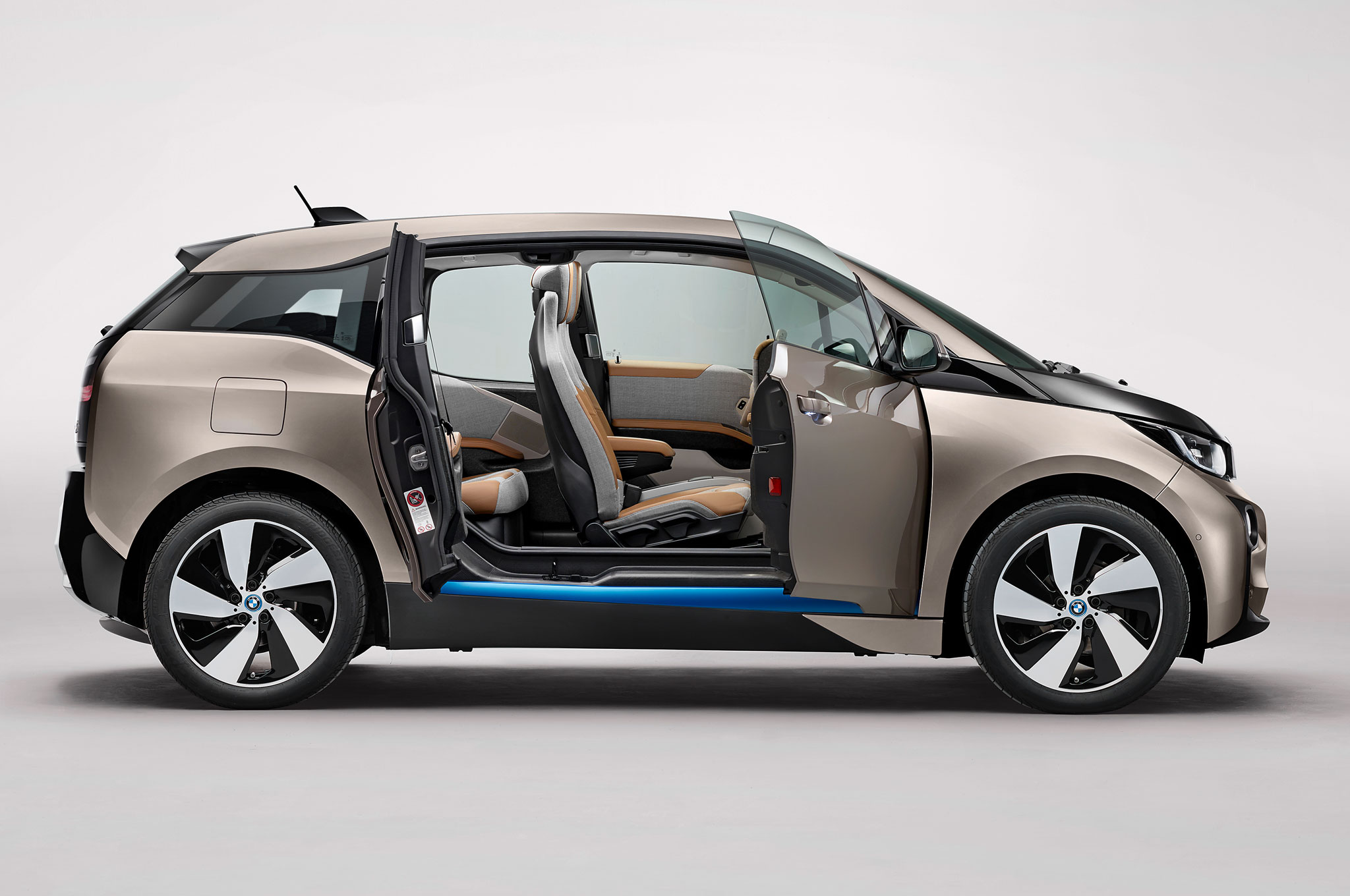 bmw i3 vs opel ampera