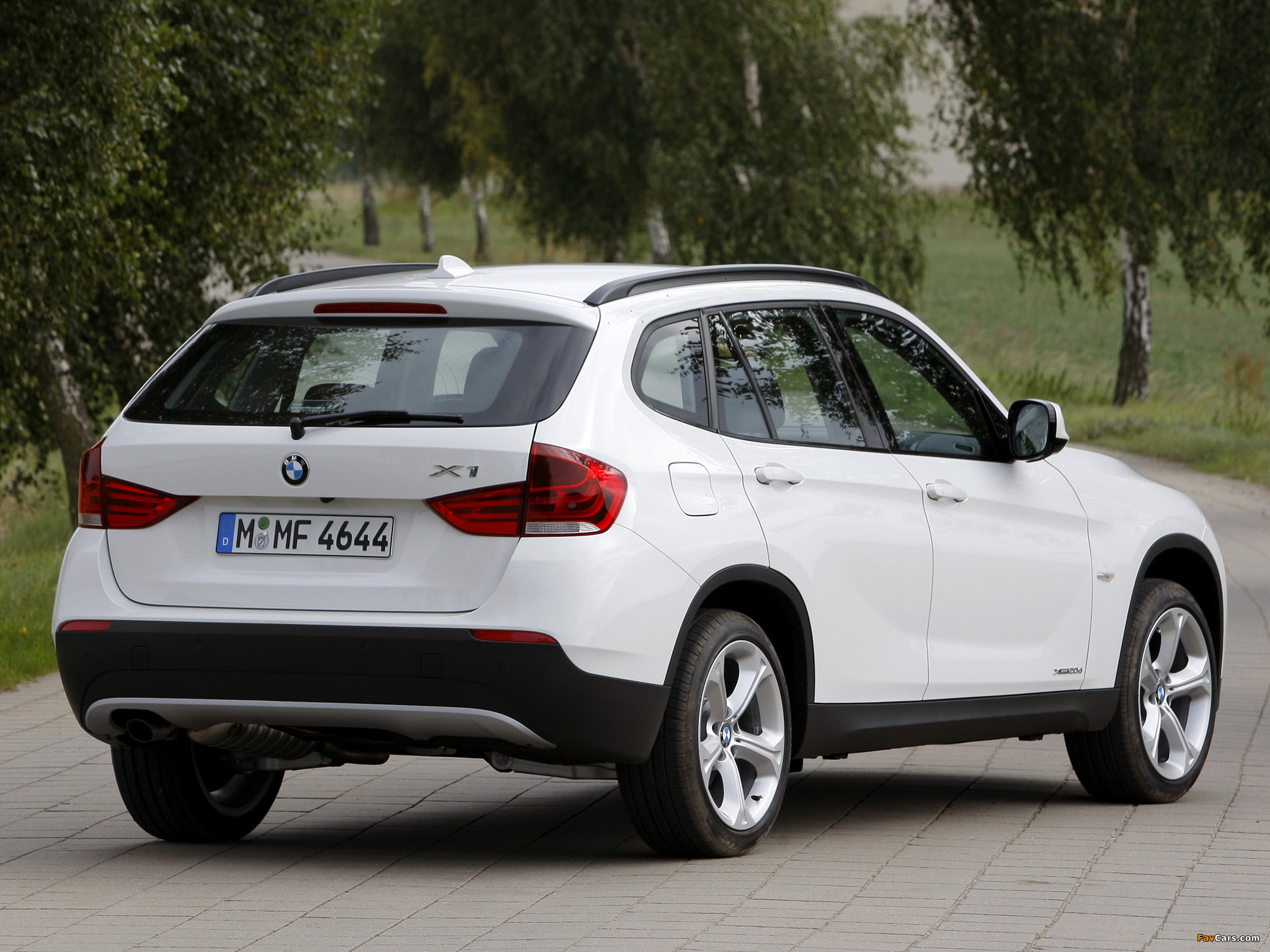 bmw x1 xdrive 20d km 0