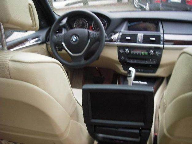 difference between bmw x5 30d and 35d