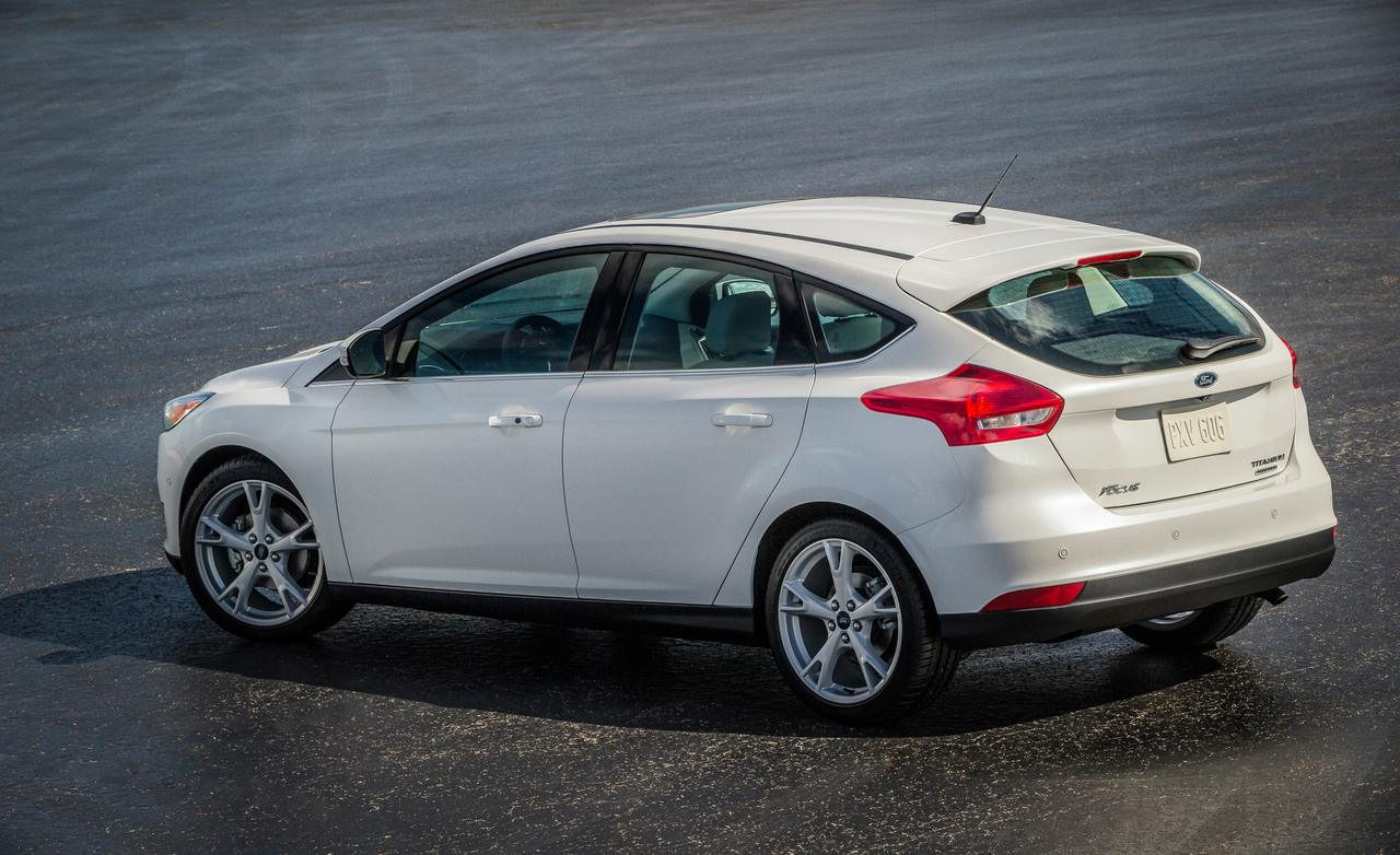 ford focus st vs 2015 gti