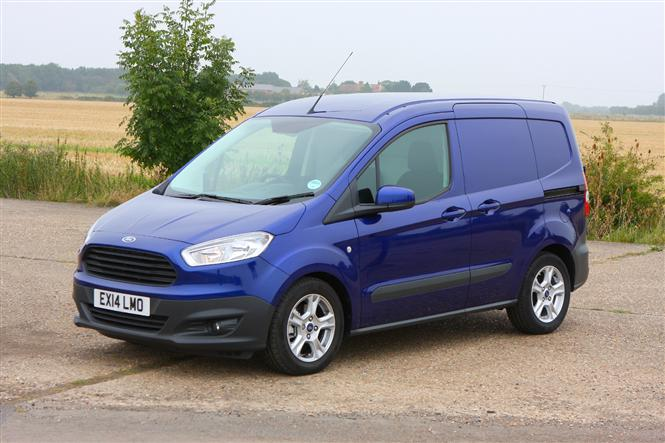 ford transit courier dimensioni