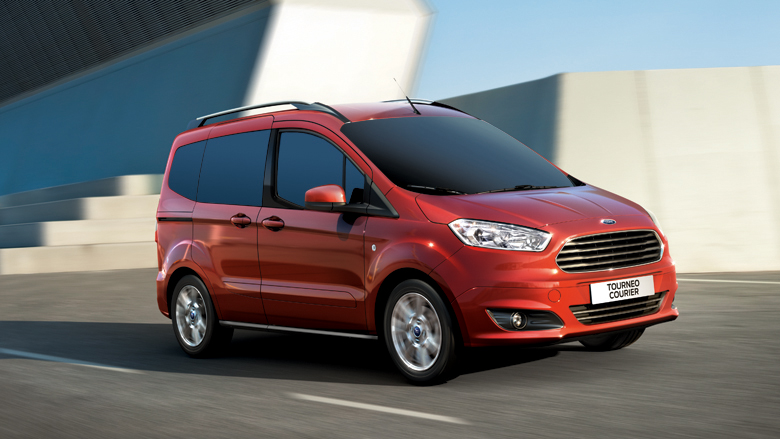 ford transit courier prix