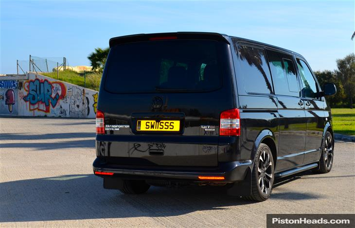 new volkswagen transporter 2015
