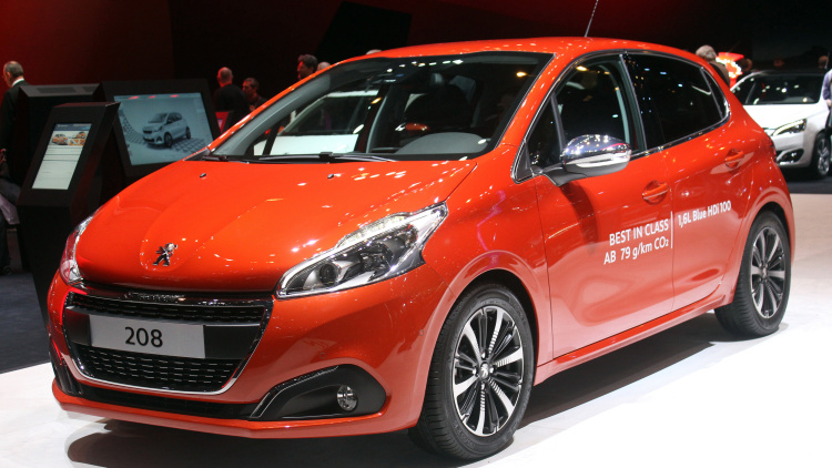 peugeot 208 let your body drive
