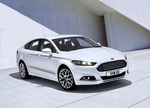 yeni ford mondeo style