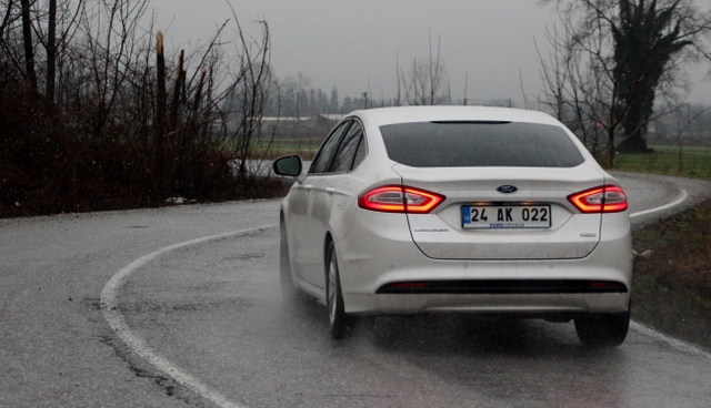 yeni ford mondeo vignale